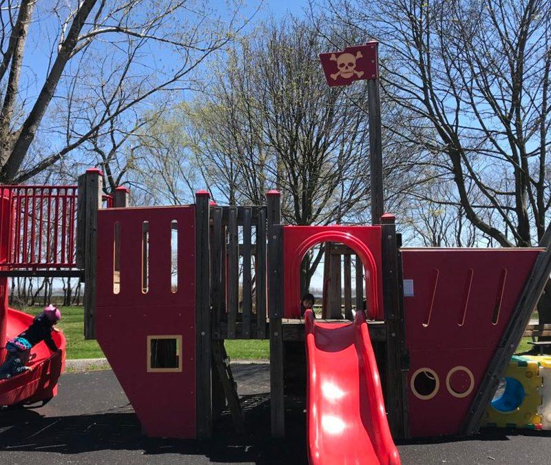 Playground Survival:  Toronto Islands
